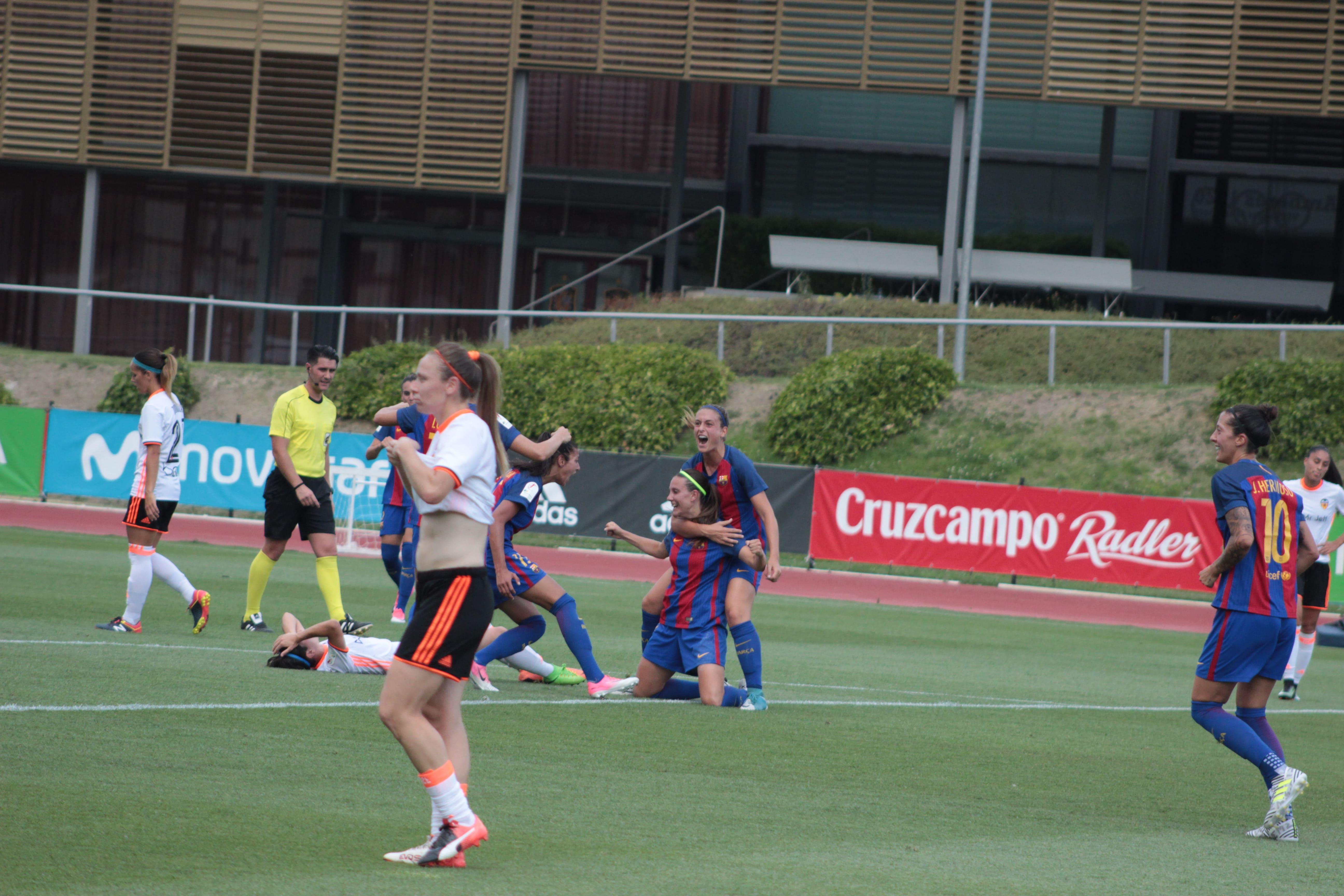 EL Barcelona celebra el primer gol obra de Gemma Gili ©Todofutboleras.com by Pelayo/Álvaro Hernández